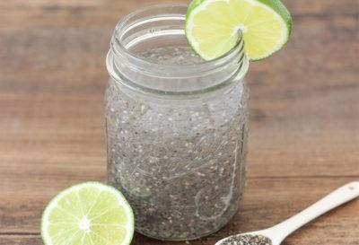 Agua de chía y limón para bajar de peso