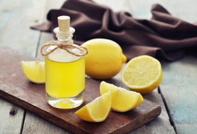 Aceite esencial de limón: beneficios y preparación