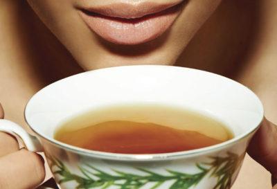 Los 5 mejores tés e infusiones para un cabello fuerte y saludable